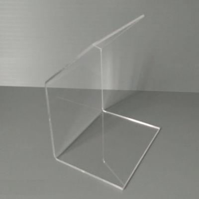 Parasputi-o-parafiato-in-plexiglass-o-policarbonato-trasparente